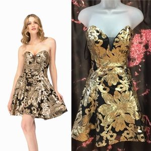 Black and gold short dress size large NWT